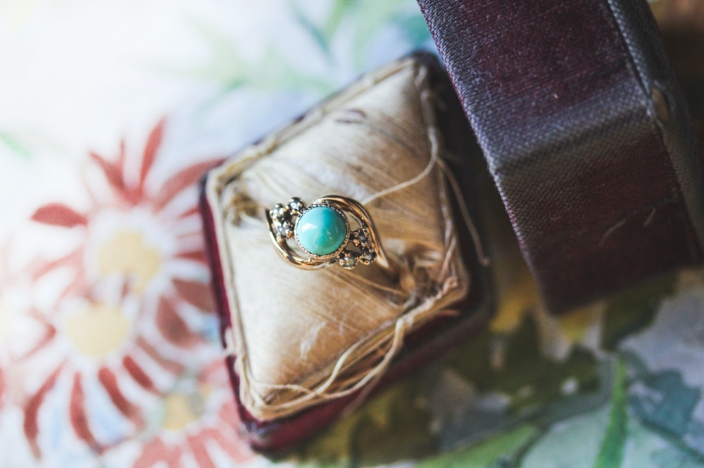 turquoise-seed-pearl-ring