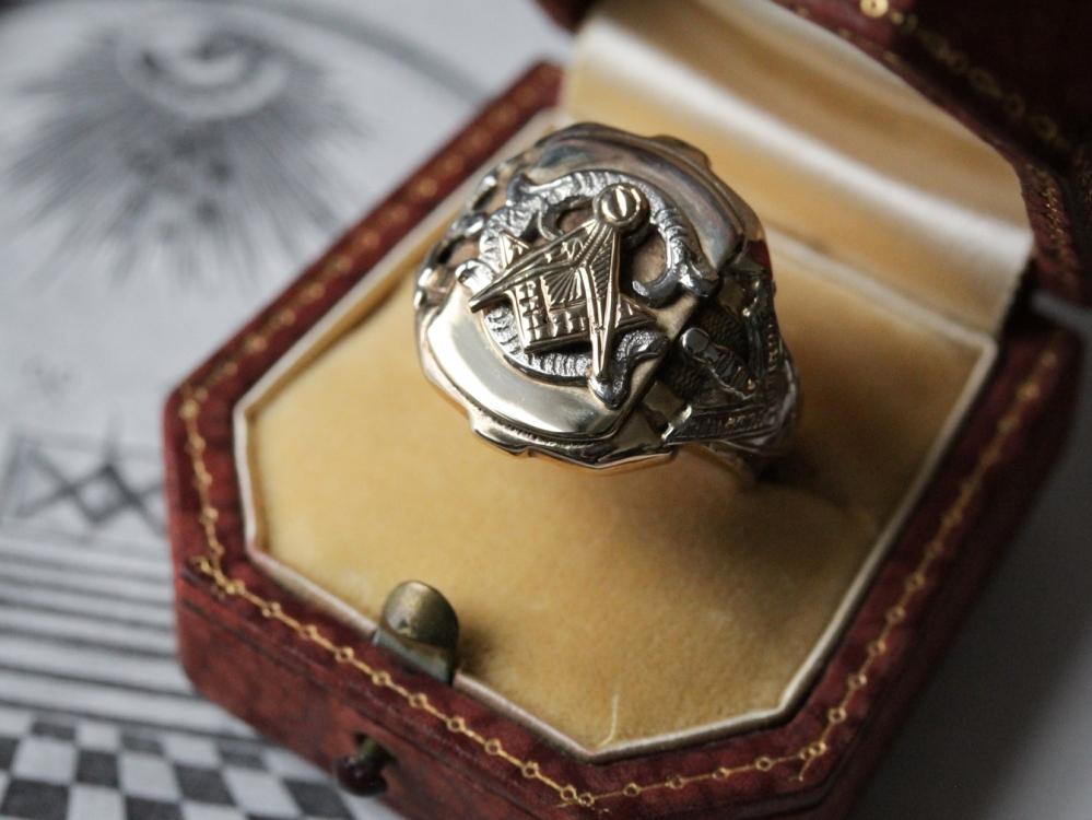 vintage-masonic-ring