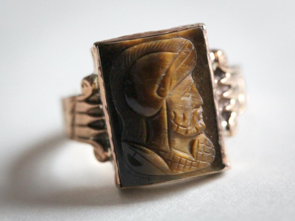 tigers-eye-cameo-ring