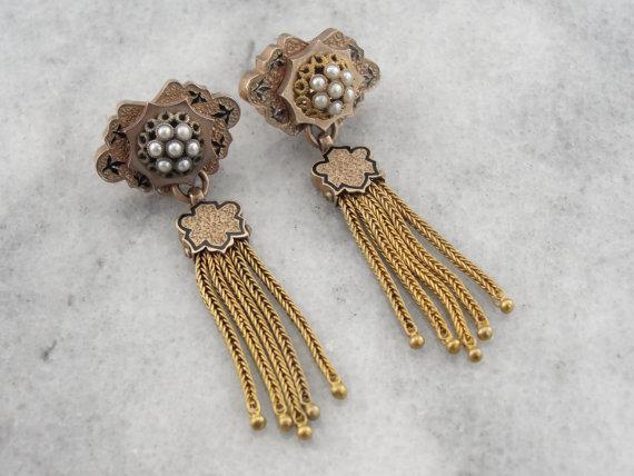 victorian-era-gold-earrings