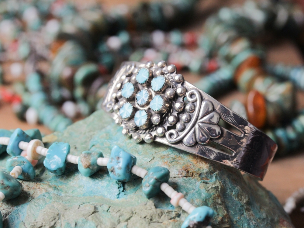 native-american-turquoise-cuff