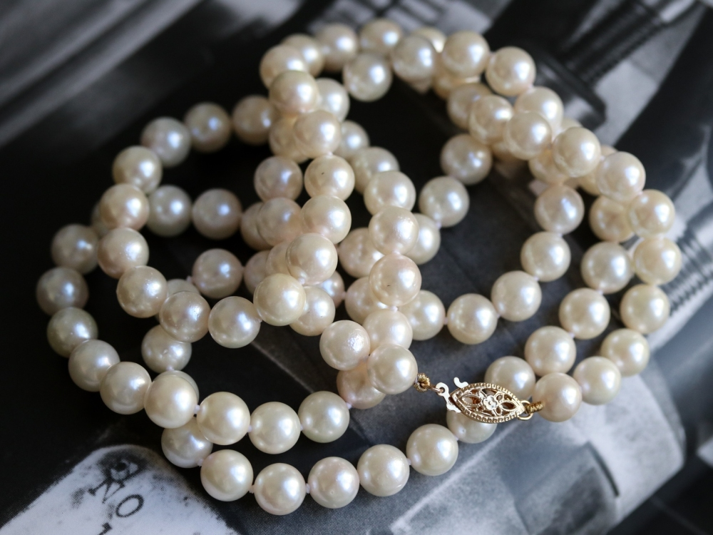 is it bad luck to wear pearls on your wedding day