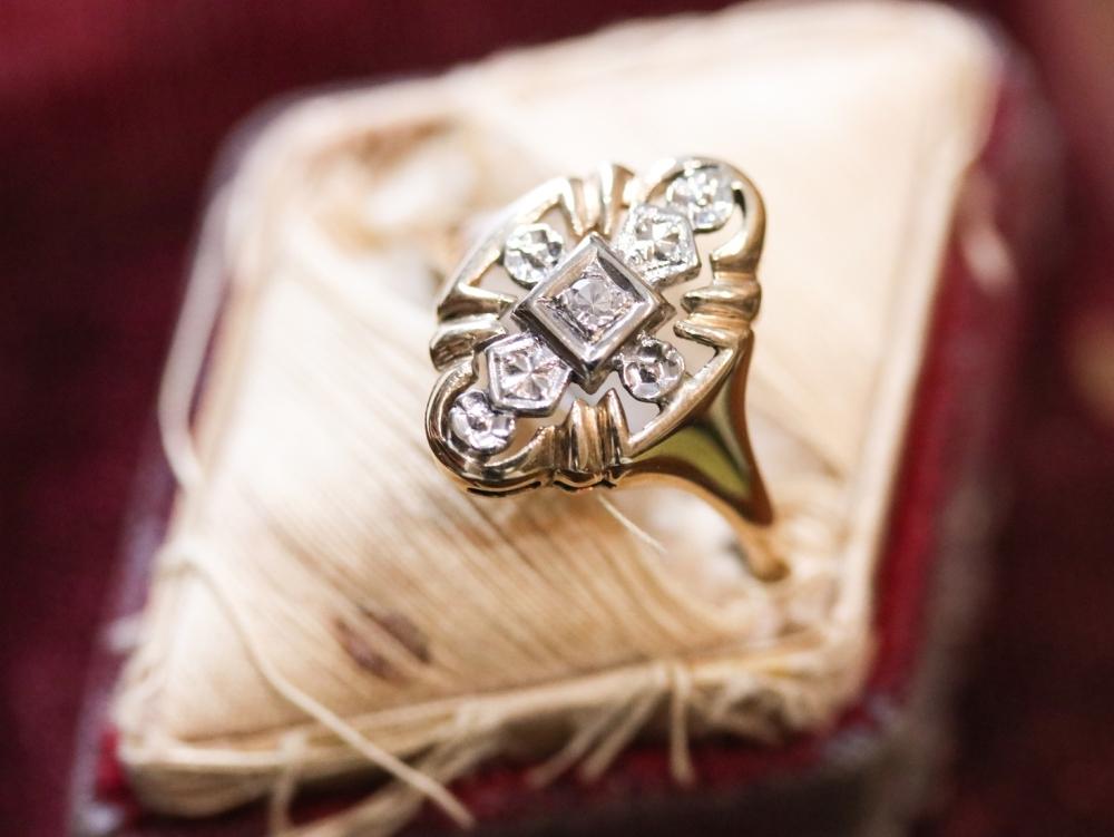 Art Deco two tone gold Diamond dinner ring.